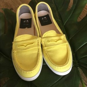 Cole Haan Yellow Flats C8
